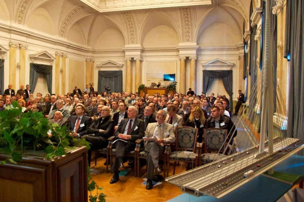 Scientific meeting in the ceremonial hall